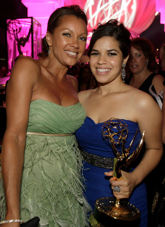 ". America Ferrera, winner for outstanding lead actress in a comedy series for her work on ""Ugly Betty,\"" poses with co-star Vanessa Williams at the Governor\'s Ball following at the 59th Primetime Emmy Awards Sunday, Sept. 16, 2007, in Los Angeles.(AP Photo/Kevork Djansezian)"