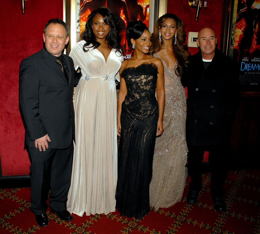""". From left, director Bill Condon, actors Jennifer Hudson, Anika Noni Rose, Beyonce Knowles and producer David Geffen arrive to the premiere of \""""Dreamgirls\"""" at the Ziegfeld Theatre, Monday, Dec. 4, 2006, in New York. (AP Photo/Paul Hawthorne)"""