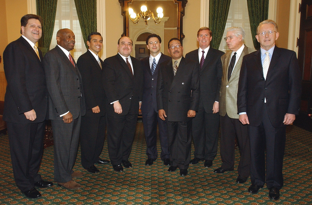 . Seven former Assembly Speakers, along with Speaker Herb Wesson, D-Los Angeles, fourth from right, pose with Assemblyman Fabian Nunez, D-Los Angeles fifth right right, before he was sworn in as the new Speaker at the Capitol in Sacramento, Calif., Monday, Feb. 9, 2004. From left are, Robert Hertzberg, D-Van Nuys, the 64th Speaker, Willie Brown, D-San Francisco, the 58th Speaker, Antonio Villaraigosa, D-Los Angeles, the 63rd Speaker, and Lt. Gov. Cruz Bustamante, D-Fresno, the 62nd Speaker.Also seen are Leo McCarthy, D-San Franciso, the 57th Speaker, right, Robert Monagan, the 55th Speaker, second from right and Anaheim Mayor Curt Pringle, R-Garden Grove, the 61st Speaker. (AP Photo/Rich Pedroncelli)
