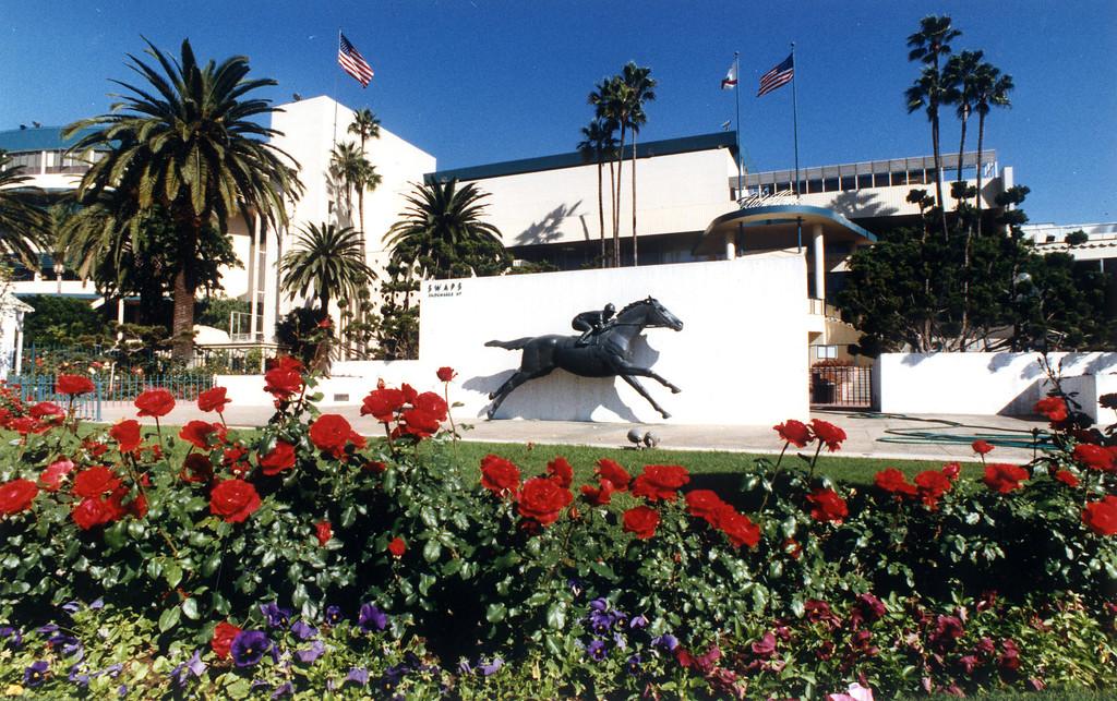 . Hollywood Park renovation.  11/12/91   (Los Angeles Daily News file photo)