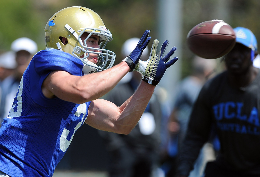 . UCLA running back Steven Manfro during football practice at Spaulding Field on the UCLA campus Saturday April 12, 2014. (Photo by Hans Gutknecht/Los Angeles Daily News)