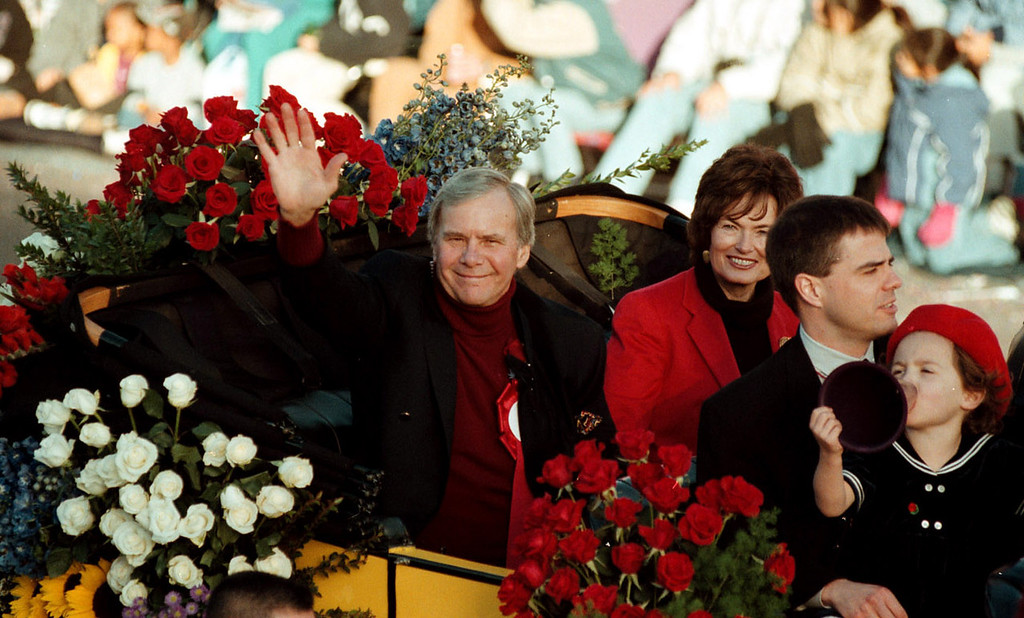. Television newsman Tom Brokaw is the grand marshal of the 2001 Tournament of Roses. photo by  Michael Haering/Pasadena Star News