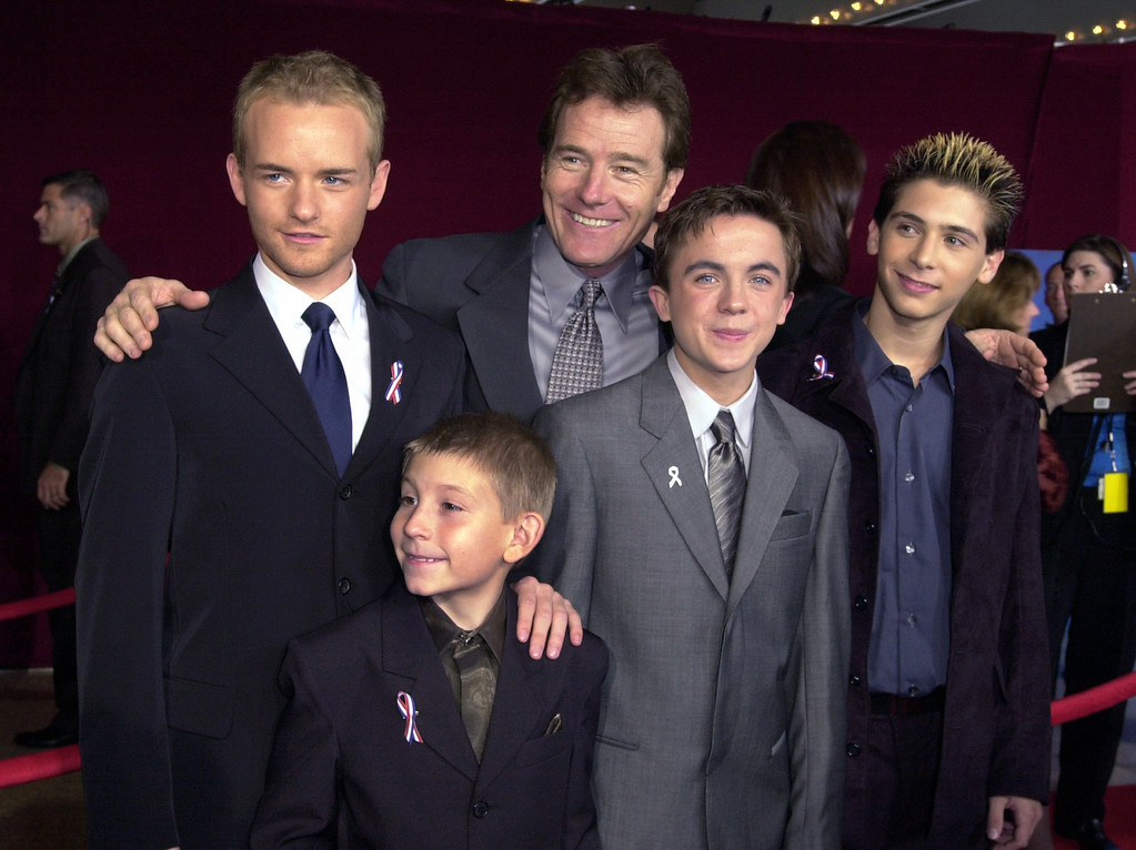 ". Cast members from ""Malcolm in the Midddle\"" arrive for the 53rd annual Primetime Emmy Awards at the Shubert Theatre on Sunday, Nov. 4, 2001, in Los Angeles. Shown clockwise from left are: Chris Masterson, Bryan Cranston, Justin Berfield, Frankie Muniz, and Erik Per Sullivan. (AP Photo/Kim D. Johnson)"