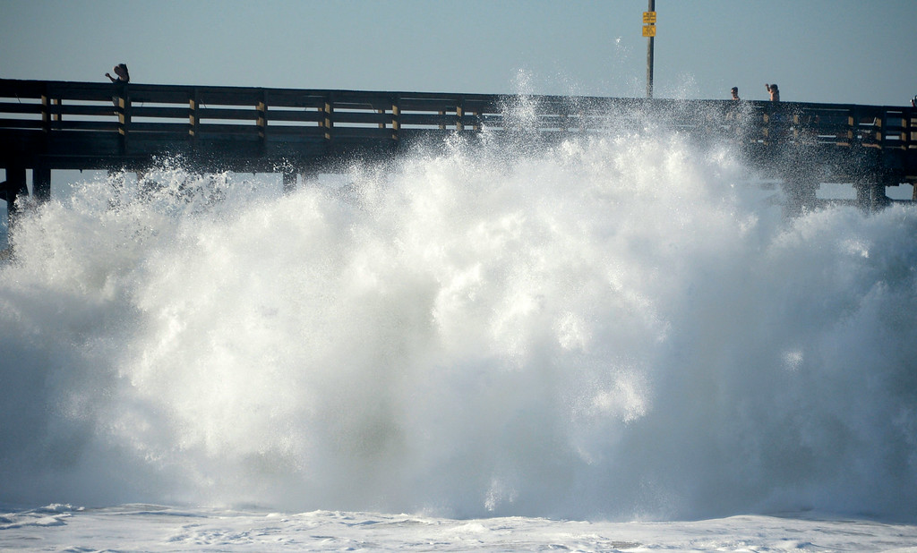 . Aug 27,2014, Newport Beach CA. Huge 20-25 foot waves hit the Balboa pier Wednesday morning. The big surf affect is from hurricane Marie down south and is last a few days with big surf hitting the south facing beaches. Photo by Gene Blevins/LA Daily News