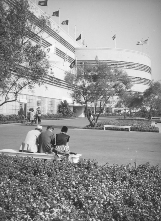 . Hollywood Park in 1938.   (Los Angeles Public Library)