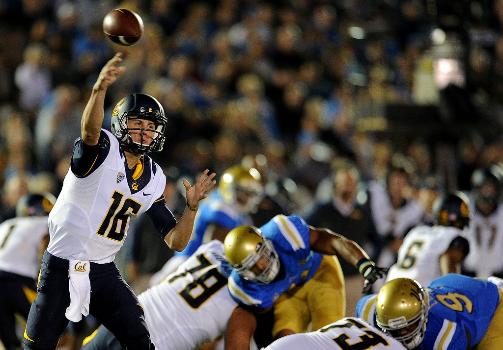 . California quarterback Jared Goff (16) passes against UCLA during the first half of their college football game in the Rose Bowl in Pasadena, Calif., on Saturday, Oct. 12, 2013.   (Keith Birmingham Pasadena Star-News)