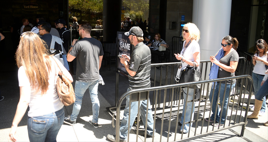 . June 13,2014. Los Angeles. CA. Nearby restaurants already as of 2pm have lines starting to form for seats, as thousands of LA King fans arrive hours early at Staples Center for game 5 of the Stanley Cup Playoffs. Photo by Gene Blevins/LA DailyNews