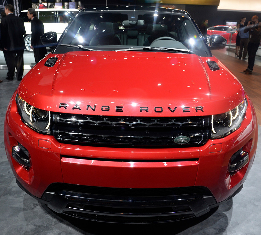. Nov 22,2013 Los Angeles CA. The new 2014 EVOQUE Range Rover on displays during the 2nd media day at the Los Angeles Auto Show. Photo by Gene Blevins/LA Daily News