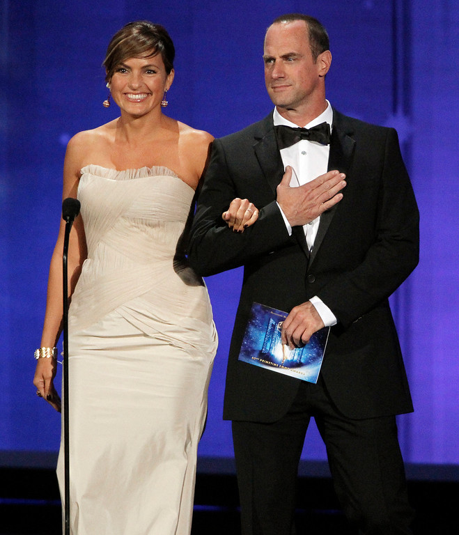 . Chris Meloni, right, and Mariska Hargitay present during the 62nd Primetime Emmy Awards Sunday, Aug. 29, 2010, in Los Angeles. (AP Photo/Chris Carlson)