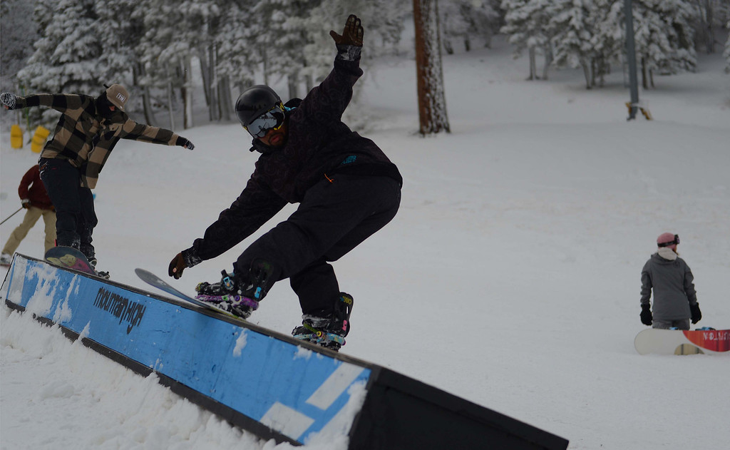 . Snowboarders and skiers jammed Mountain High West Resort on Sunday, Nov. 24, 2013, in Wrightwood. Mountain High is the first resort to open in Southern California for the 2013-14 season. LaFonzo Carter/The Sun